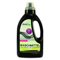 Folyékony mosószer koncentrátum sötét és fekete ruhákhoz